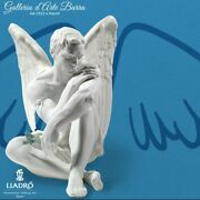 Lladró Porcelain Art By Lladro In Biscuit. Angel Guardian Protector