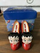 Betty Boop And039high Heels Bettyand039 And And039piano Betty Salt And Pepper Shakers