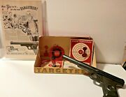 Daisy Air / Bb Toy Gun 118 Caliber Early Targeteer Vintage Pistols And Bbs + Box