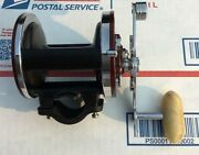 Penn Jigmaster 500 Fishing Reel With Newell Kit Box And Extras. Serviced