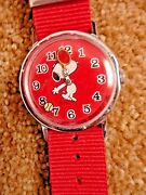 Vintage Red Snoopy Mechanical Wind Up Tennis Wrist Watch With Red Nylon Band
