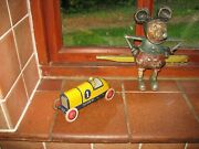 Nice Looking Lehmann Boat Tail Tinplate Race Car 1920's Germany Wind Up Tin Toy