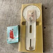 Vintage Sears Kenmore Eyelet Tool Plastic Sewing And Witch Needle Threader