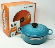 New Le Creuset Enameled Cast Iron Round Dutch Oven 3.5 Qt. Caribbean Blue 9.5 In