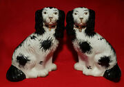 Vintage Pair Of Staffordshire Spaniel Mantle Dog Statues Figurines 9 1/4 Tall