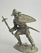 Medieval Knights Knight With War Hammer Metal Figure 1/32 Tin Toy Soldiers