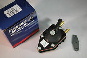 New Johnson Evinrude Oem Fuel Pump 438559 With Gasket Brp/omc