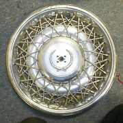 """Set Of 4 Cadillac Fleetwood 1975 -1985 Oem 15"""" Wire Hubcaps"""