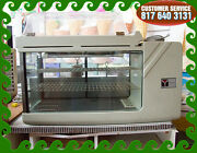 New Italian Cold Display Case Counter Top With Warm Croissant Display Above
