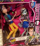 Monster High Picnic Casket Jackson Jekyll And Frankie Stein In Hand Ships Fast