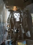 Marvel Studios Collector's Edition The Punisher 12 1/6 Poseable Figure Legends