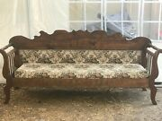 Antique Amish Sofa With Patterned Texile Excellent Condition