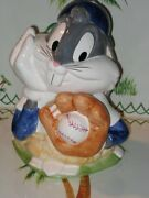 Cookie Jar Bugs Bunny - Glove/baseball Excellent Keepsake 1993 Warner Bros Andnbsp
