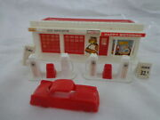 Vintage Plasticville Ho Scale Gas Station With All The Accessories And Markings
