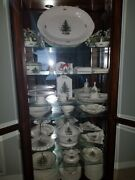 Nikko Happy Holidays Set 110 Pieces Cabinet Included