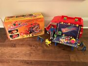1983 Ideal The Chipmunks On-tour Van Traveling Playset And Figures, Rare