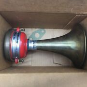 New In Box Edwards Airchime Brass Air Horn Cb