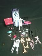 Monster High Lot - Accessories Furniture Brushes Etc