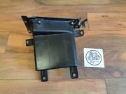 2009 Bmw K1300gt Oem Front Right Compartment Oem 4663-7685037-04