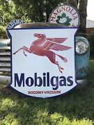 Antique Vintage Old Style 40andrdquo Mobilgas Shield Motor Oil Mobil Gas Sign