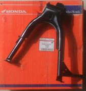 Genuine Honda Part Cg 125 Main / Centre Stand New And Boxed Cg125