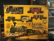 Classic Train Set // 16 Pieces Battery Operated // Realistic Sounds And Light.