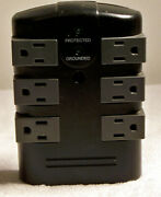 6 Outlet Surge Protector Lights Turn Green When It's Protected And Grounded