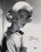Doris Day Hand Signed 8x10 Photo    Very Young+very Gorgeous Pose    Psa