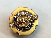 Vintage 14k Esso Standard Oil Co. - 30 Year Service Pin With 2 Diamonds J1055