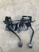 1989-1995 Toyota Pickup Clutch And Brake Pedal Bracket Assembly 90-95 4runner 4cyl