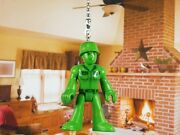 Disney Toy Story Green Army Man Bucket O Soldiers Ceiling Fan Pull Light Lamp
