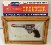 Vintage Hubley Miniature Frontier Single Action Six Shooter 238 Toy Gun W/ Box