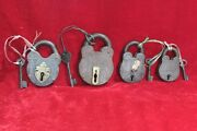 4 Pc Iron Brass Locks With Keys Old Vintage Collectible Antique Home Decor Pw-79