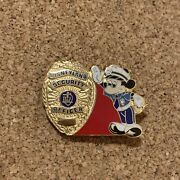Disney Disneyland Police Cast Security Officer Mickey Mouse Gold Badge Pin 4748