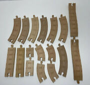 Thomas The Train Wooden Railroad Track Learning Curves Straight 17 Piece Lot