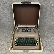 Vintage 1950's Smith-corona Silent-super Manual Typewriter With Hard Case In Euc