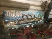 Revell Rms Titanic 1/570 Scale 18 1/2 Length Collectible Model Ship Kit H-445