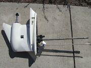 Evinrude Outboard Lower Unit Off A 1998 Ficht 115 Motor