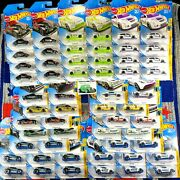 Hot Wheels - Greatest Checkmate Chess Set - 56 Cars - Includes 5 Pawn Variations
