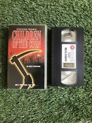 Children Of The Corn Vhs Video Tape Stephen King - Excellent Condition 1984