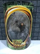 Toybiz Lord Of The Rings Fotr Gimli With Battle Axe Swinging Action