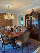 Beautiful Luxury 10 Pc Dining Room Set + China Cabinet. Very Good Condition.