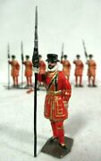 Lot Of 8 Britains Ltd Yeoman Of The Guard Lead Toy Soldier Figures Vintage
