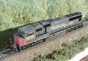 Custom Weathered Athearn Genesis Up Ex Sp Patch Sd70m W/ Nce Decoder