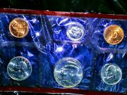 The 1994 United States Meant Uncirculated Coin Set -d For Denver Mint Mark Min