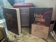Holy Bible Box Set Nkjv And King James Version 1611 Edition Nelson 301new 401