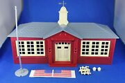 Plasticville - O-o27 - 45611 School W/flag - Complete - Excellent Condition