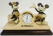 Disney World Mickey And Minnie Mouse Mantel Desk Clock Figurines Wood Base - Works