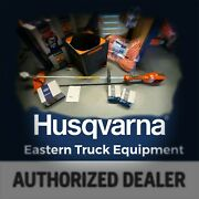 Husqvarna 520ilx Battery String Trimmer Kit W/ Batteries And Charger Qc330 Bli200