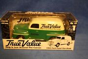 True Value 125 Scale 1950 Ford Panel Van Bank 1476